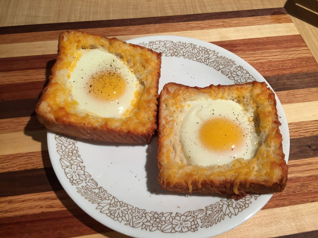 نان تست نیمرو